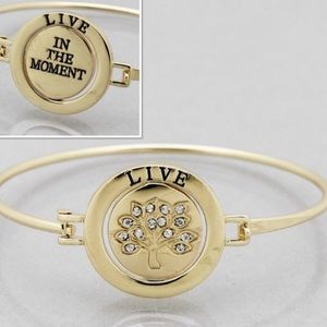 Jewelry - 4 for $25 Gold tree of life message bracelet